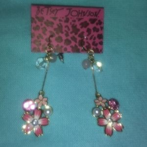 Pink flower with diamonds